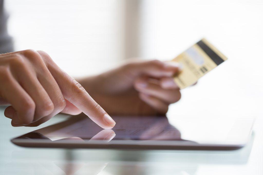 Na co uważać kupując przez Internet?