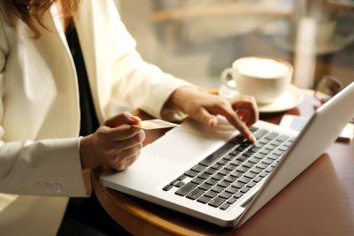 Sprzedaż w Internecie – wskazówki dla początkujących